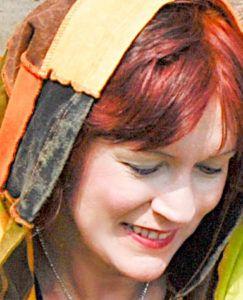 Henna wirkt individuell bei jedem Haar anders